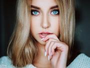 Zoom blonde