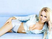 Pamela Anderson en bleu